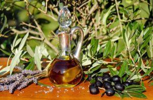 olive-oil-1596417_960_720